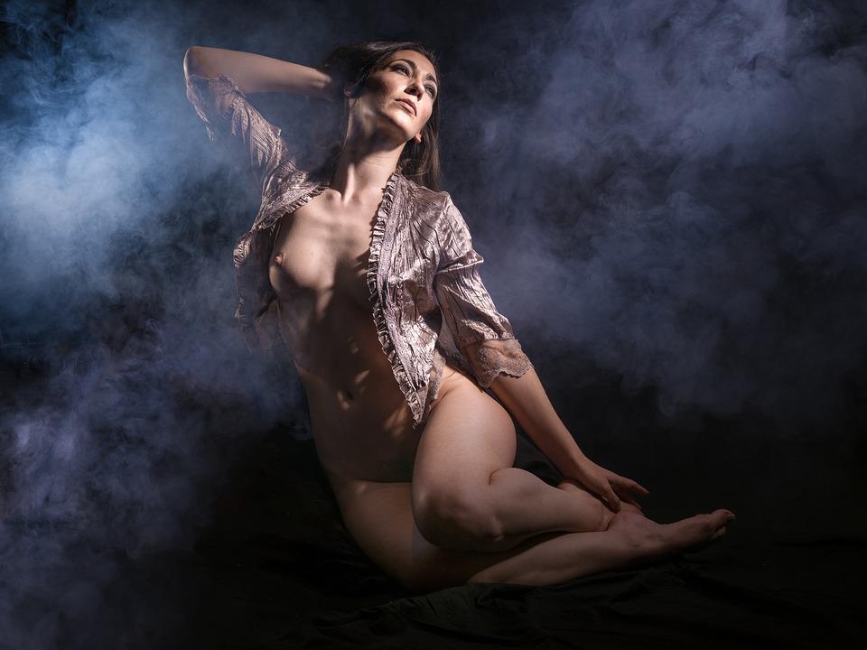 Sexy Dark Nude Women 121